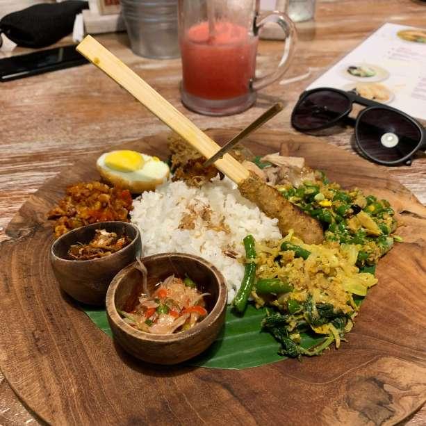 Nasi Campur Babi Bali